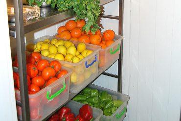 Restaurant mancare libaneza BBack - Sun Plaza Sector 4 - Depozit legume proaspete